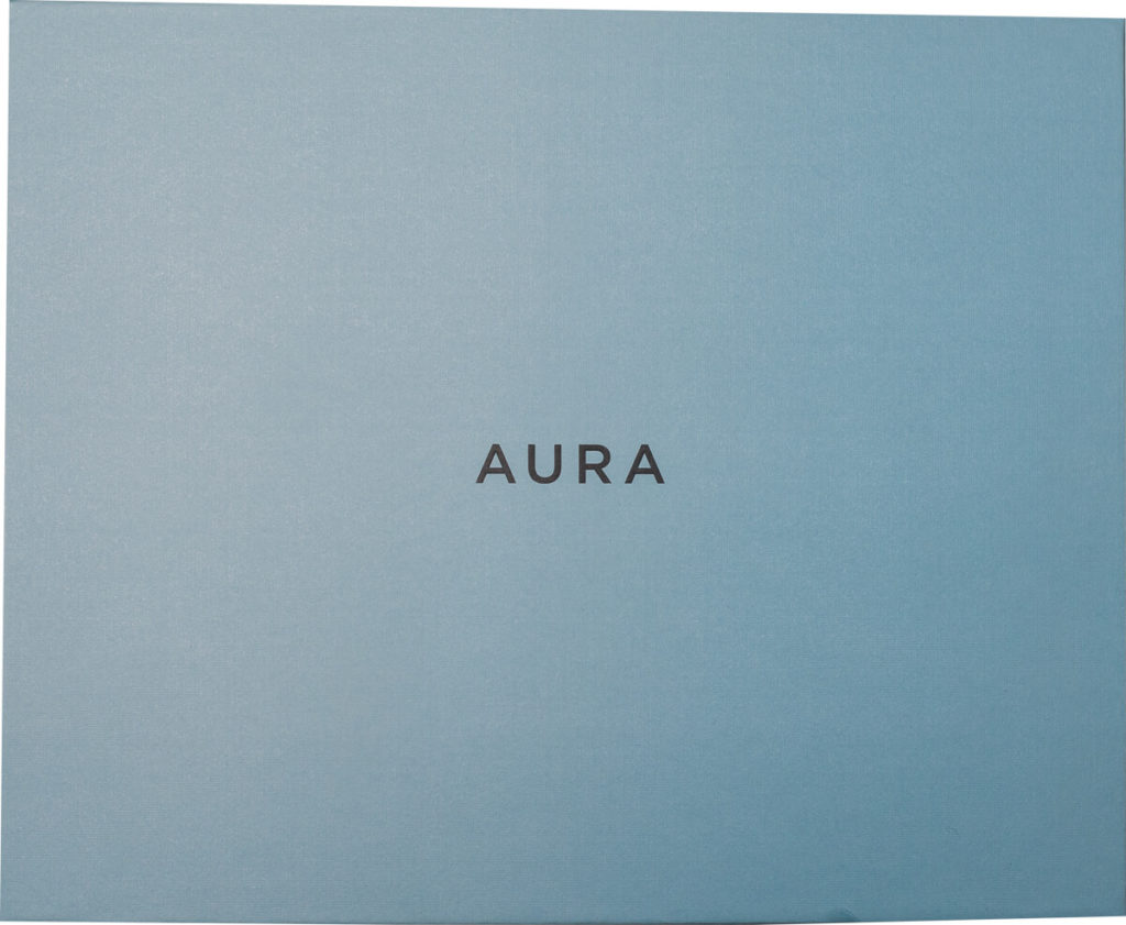 My review of the Aura Sawyer picture frame with its tack sharp display and stylish look 3