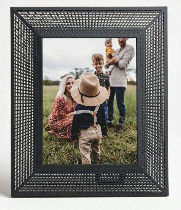 Aura Smith 2K Smart Digital Picture Frame 10-inch 3