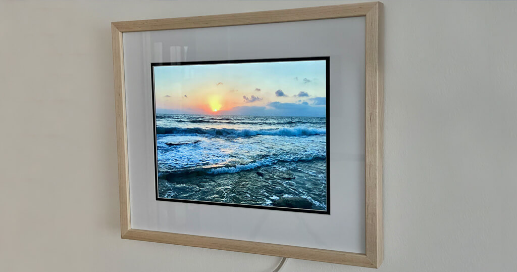 The story of Dave's Raspberry Pi digital picture frame project with a 4:3 screen ratio and a few handy tricks 3