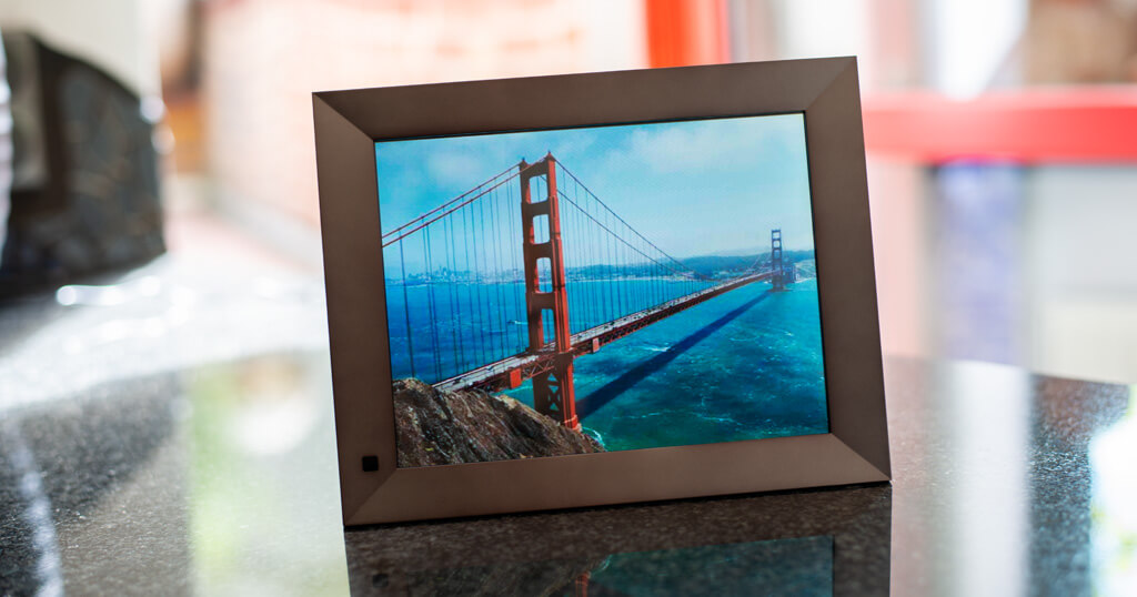 My review of the Dragon Touch Classic 10 Elite Digital Photo Frame with touch screen and WiFi 1