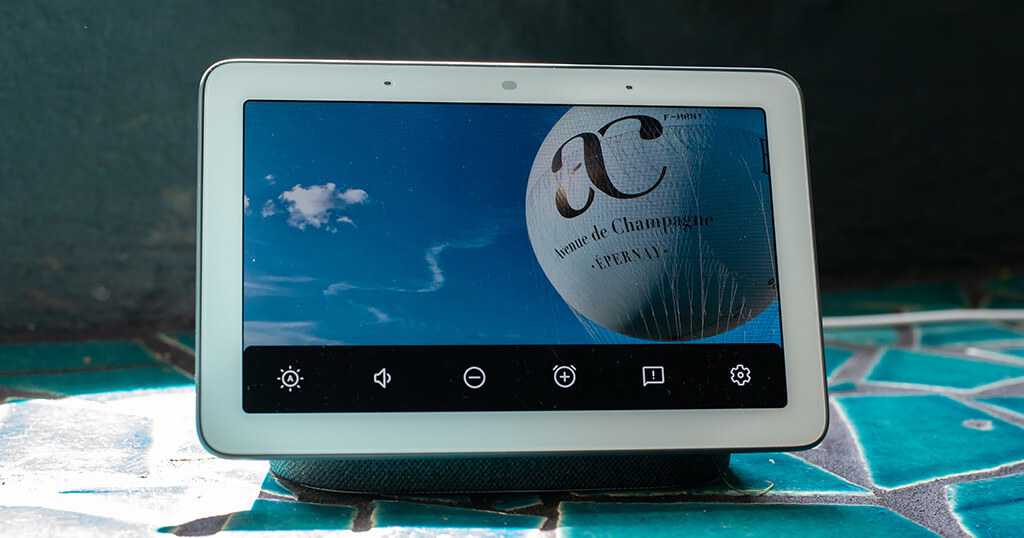Using the Google Nest Hub as a digital picture frame (Product Review and Comparison) 9