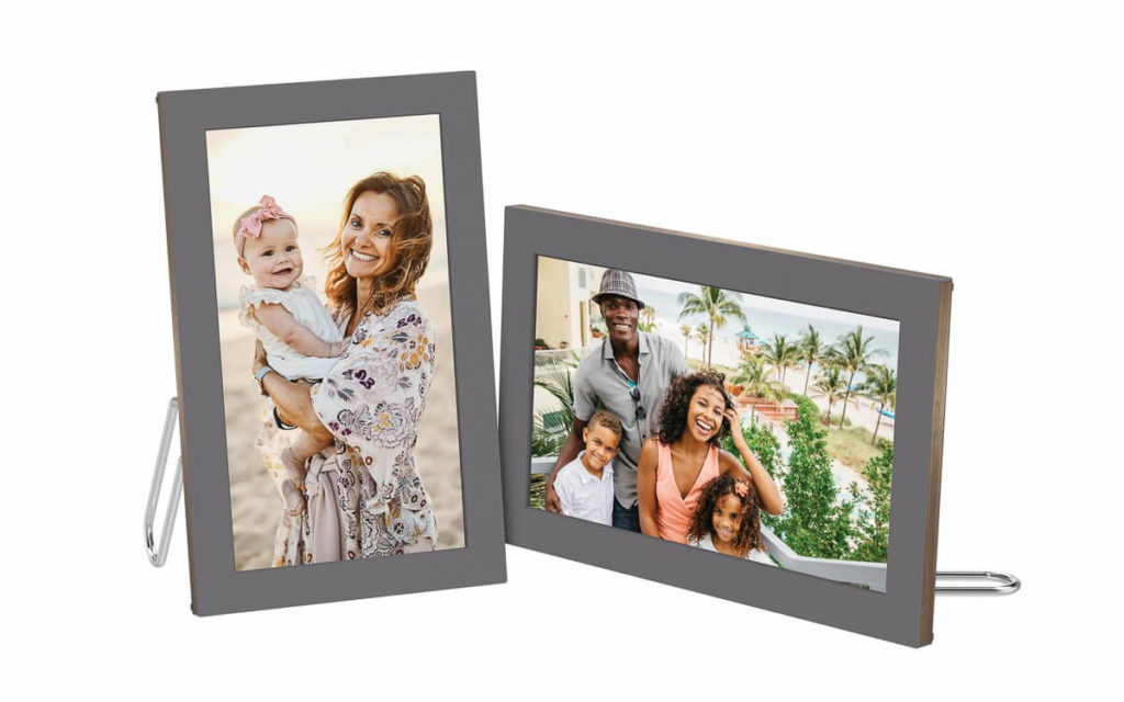 Meet the largest table-top picture frame: The Netgear Meural WiFi Photo Frame 3
