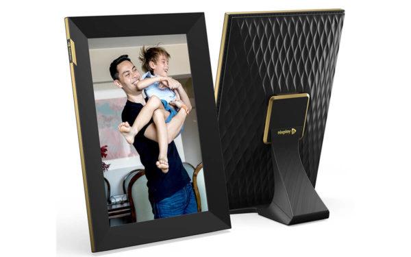 Nixplay Smart Photo Frame Touchscreen 10.1-inch WiFi 1